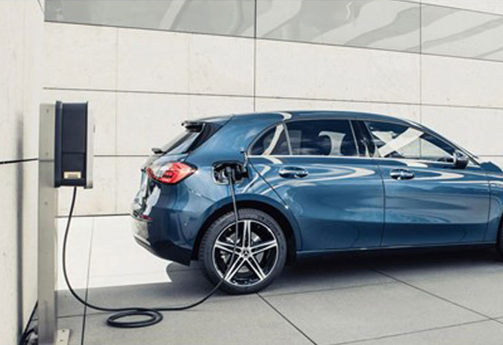 New Mercedes-Benz A250e Hybrid